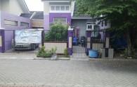 Rumah Sudah Renov depan taman jalan utama dalam cluster citra indah city